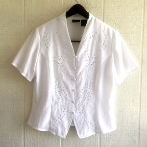 Vintage Victorian style embroidered short sleeve
